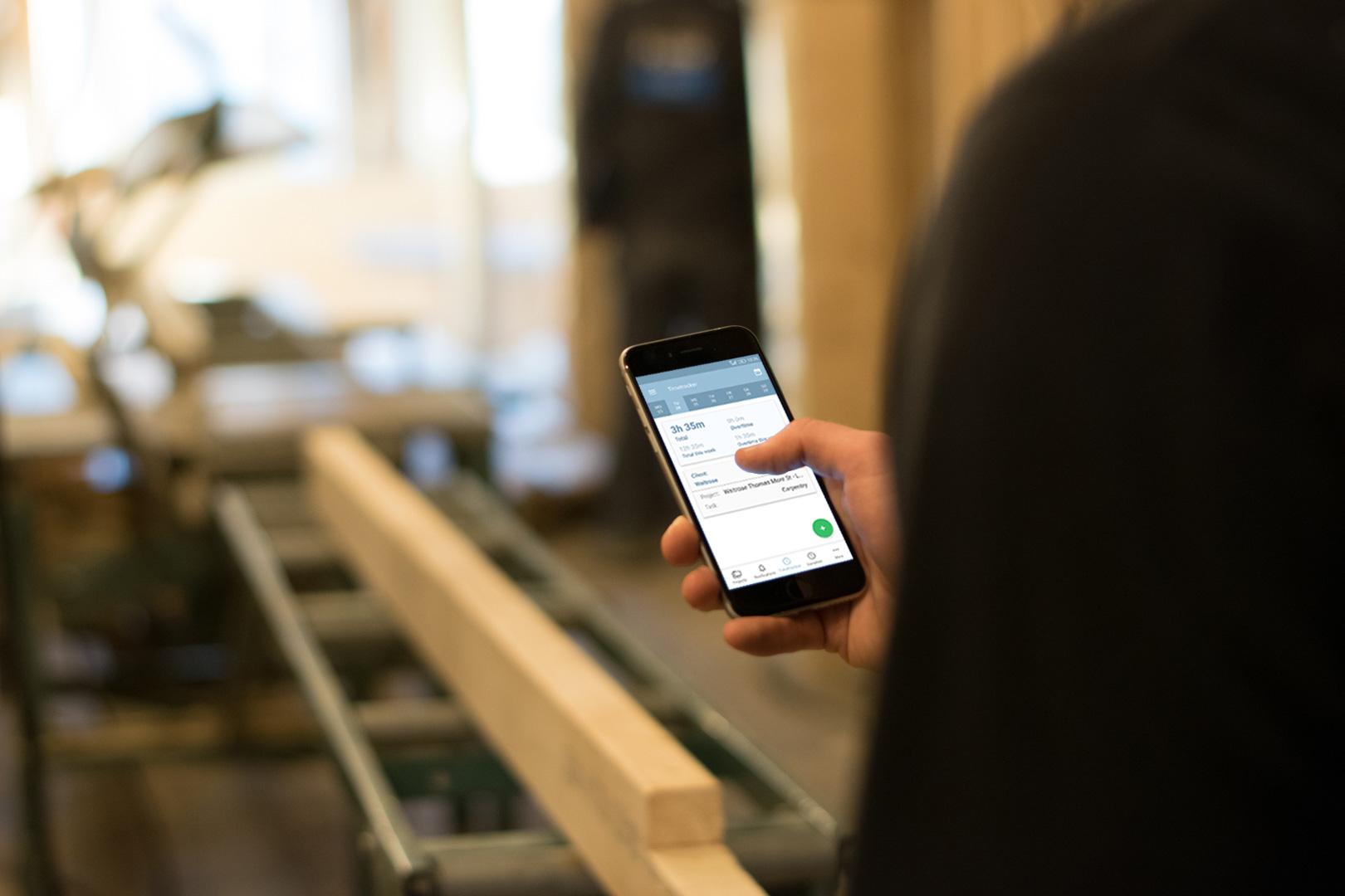 24onoff-timeregistrering-mobil-arbeidsplass