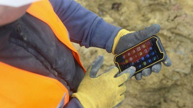 MD501 kommer med HD-skjerm som fungerer med hansker. Passer utmerket for norske forhold.
